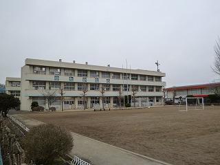 施設:大形小学校