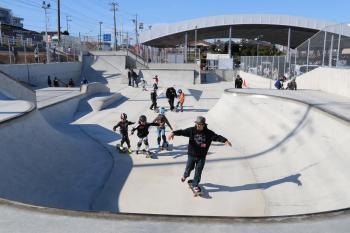 スケートボード体験スクール開催